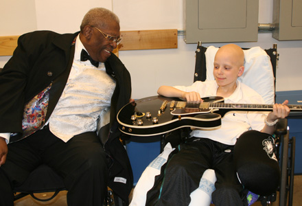 Malcolm meets supporter BB King